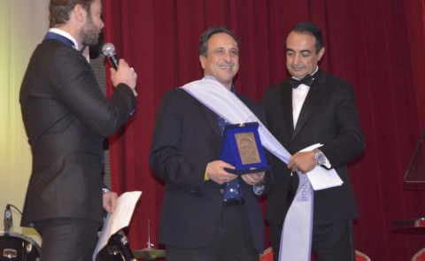 Anouar Majid receives peace ambassador award at Ibn Battuta International Festival
