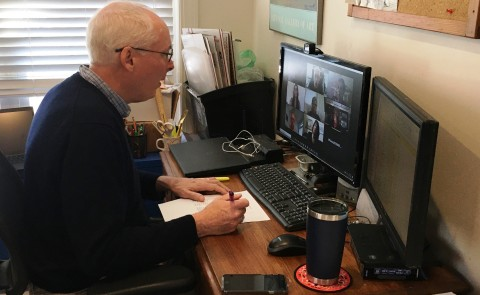 Tom Meuser, along with other faculty and student volunteers, is hosting sessions to connect older adults online